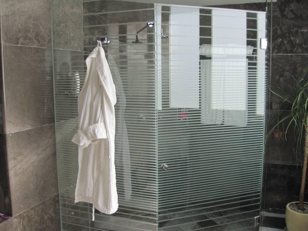 Presidential_Suite_bathroom_2